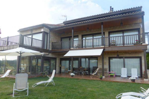 fm-porche-fachada-principal-vista-panoramica-tumbonasC5773A93-A7D6-E116-087A-943D474771C7.jpg