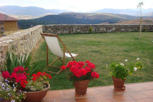 fm-exterior-vista-porche-geraneos9DFE0FD9-7907-F58D-BFC2-9DF220A9660D.jpg