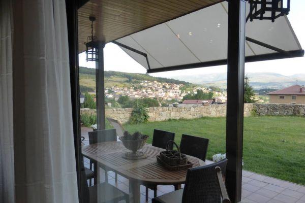 fm-porche-vista-desde-salon2B425EC6-1012-FEB6-8F1D-8B4F1F3507FD.jpg